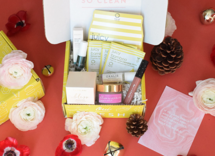 Oui Fresh December Beauty Box