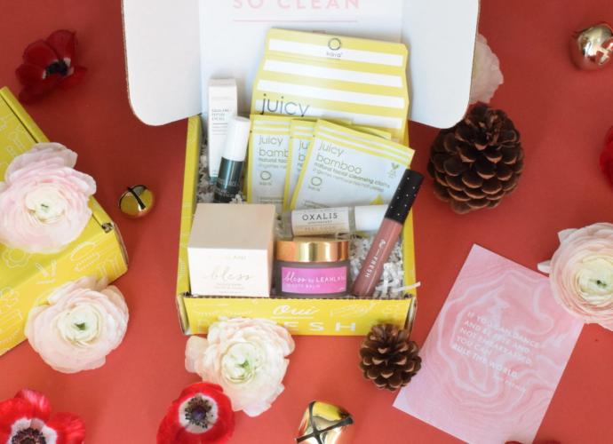 Oui Fresh December Beauty Box